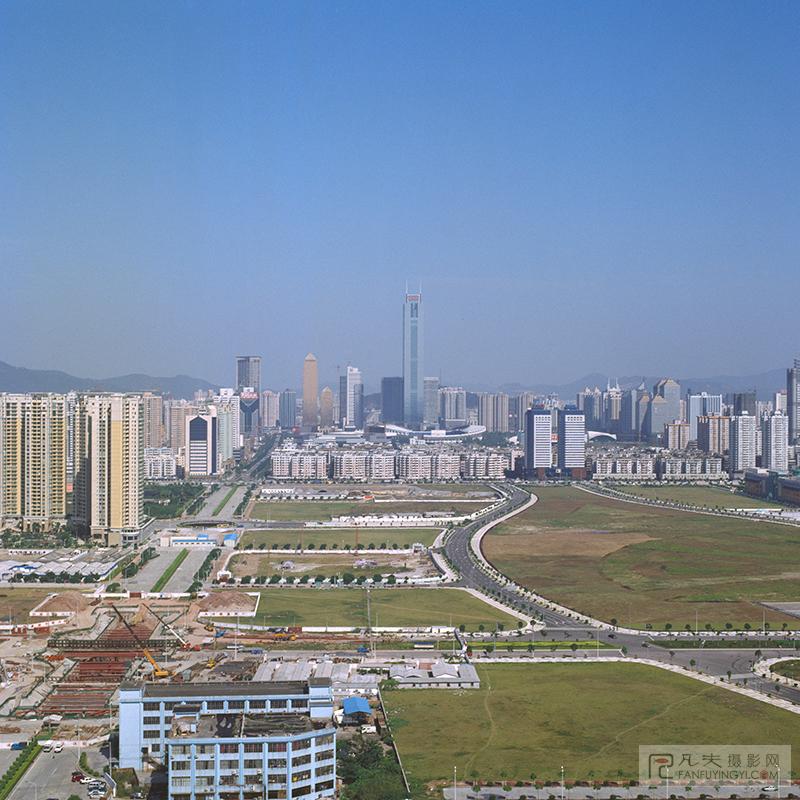 当时正在施工的珠江新城地铁站